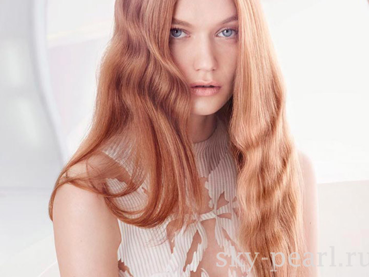 клубничный цвет волос